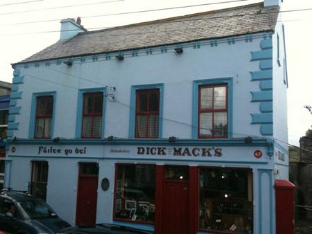 Das Dick Mack's.